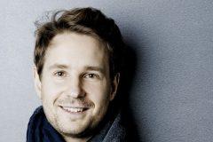 Das MKO wird geleitet von seinem Chefdirigente Clemens Schuldt Foto: Marco Borggreve