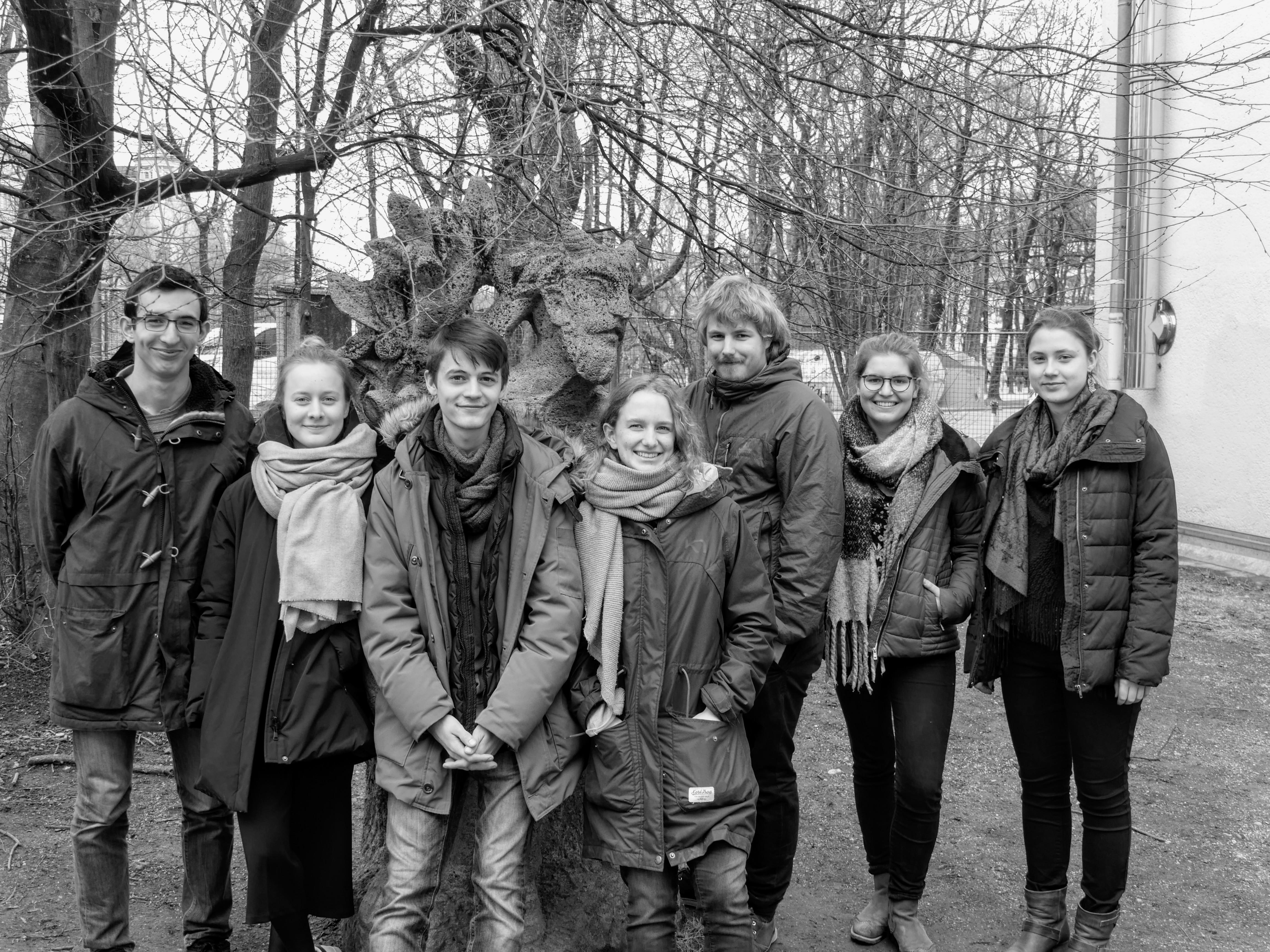 v. l. n. r.: Piernicolo Bilato, Annika von Bechtolsheim, Max Mollenhauer, Emma Hoch, Paul Schubert, Sophie Cramer, Lotte Etschmann