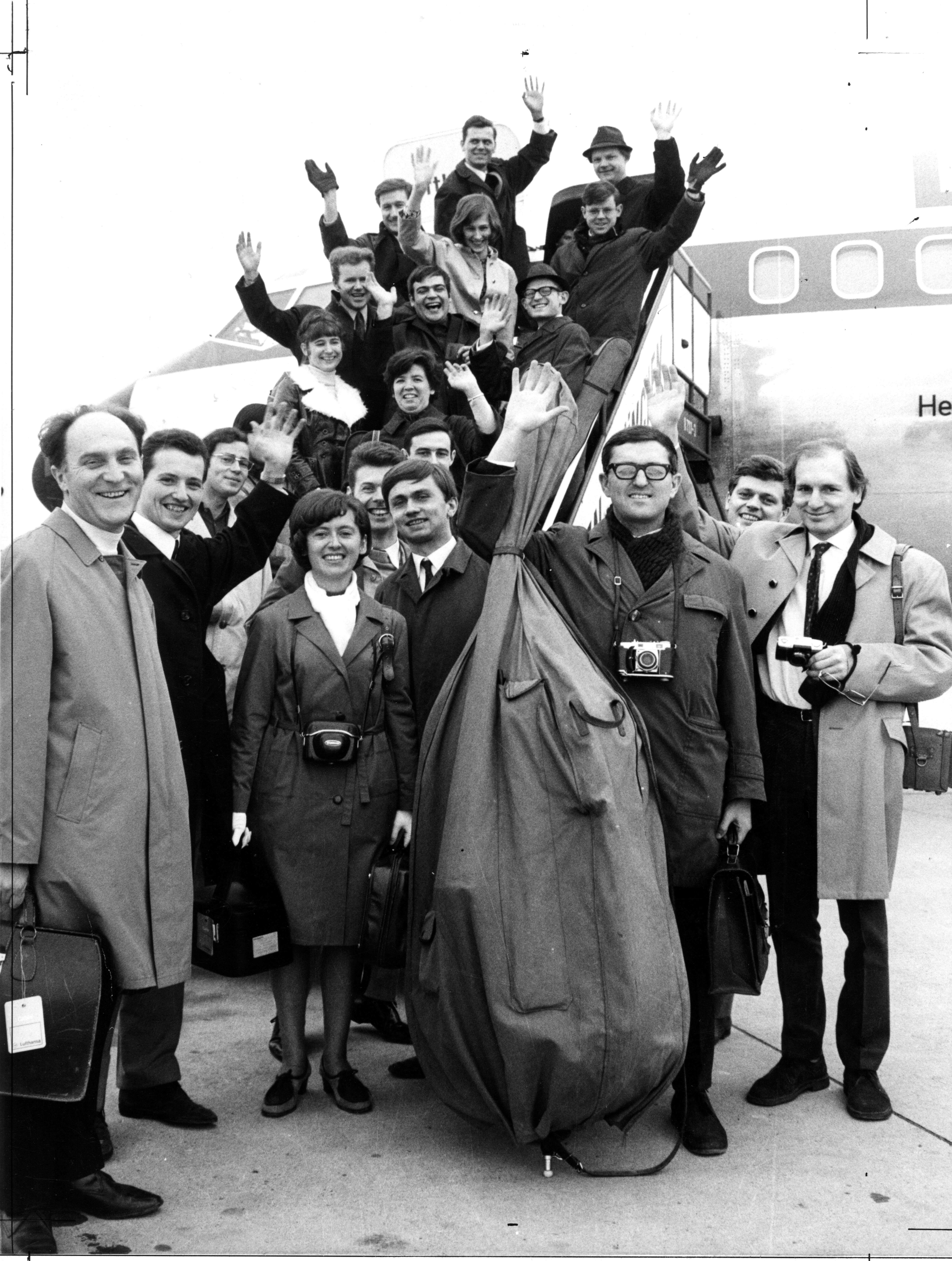 Das Münchener Kammerorchester mit Hans Stadlmair 1970 auf Tour.