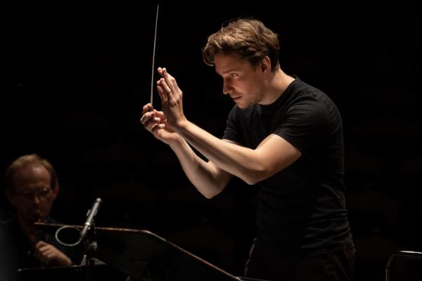 Chefdirigent Clemens Schuldt © Florian Ganslmeier