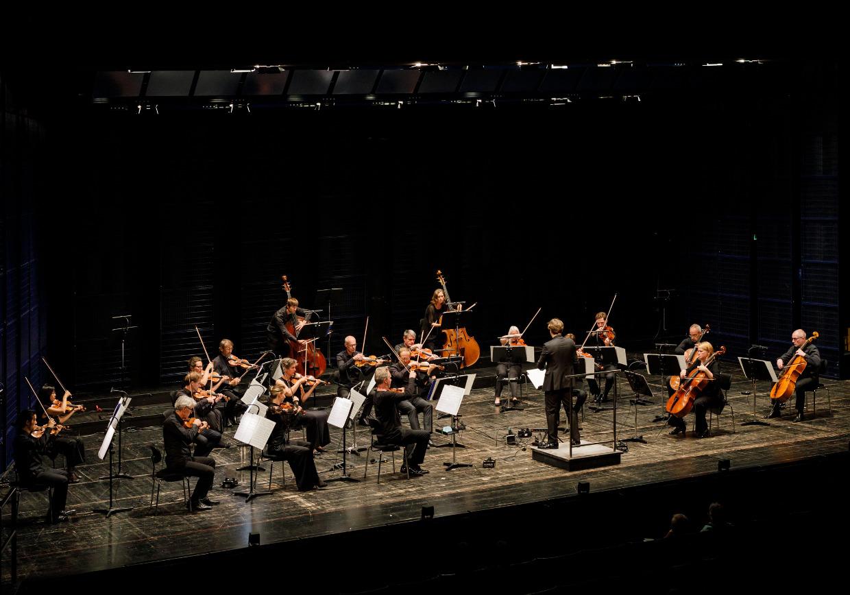 Münchener Kammerorchester unter Clemens Schuldtvim Carl Orff Saal im Gasteig
