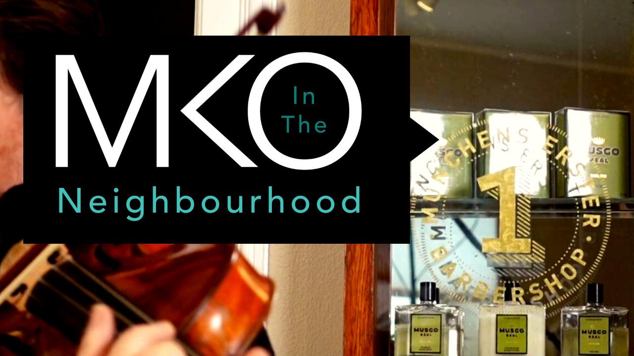 Musikerinnen und Musiker des Münchener Kammerorchesters waren mit Kammermusik im Friseursalon und Barbershop von David Fechner, im Rahmen der Videoserie 'In The Neighbourhood'.